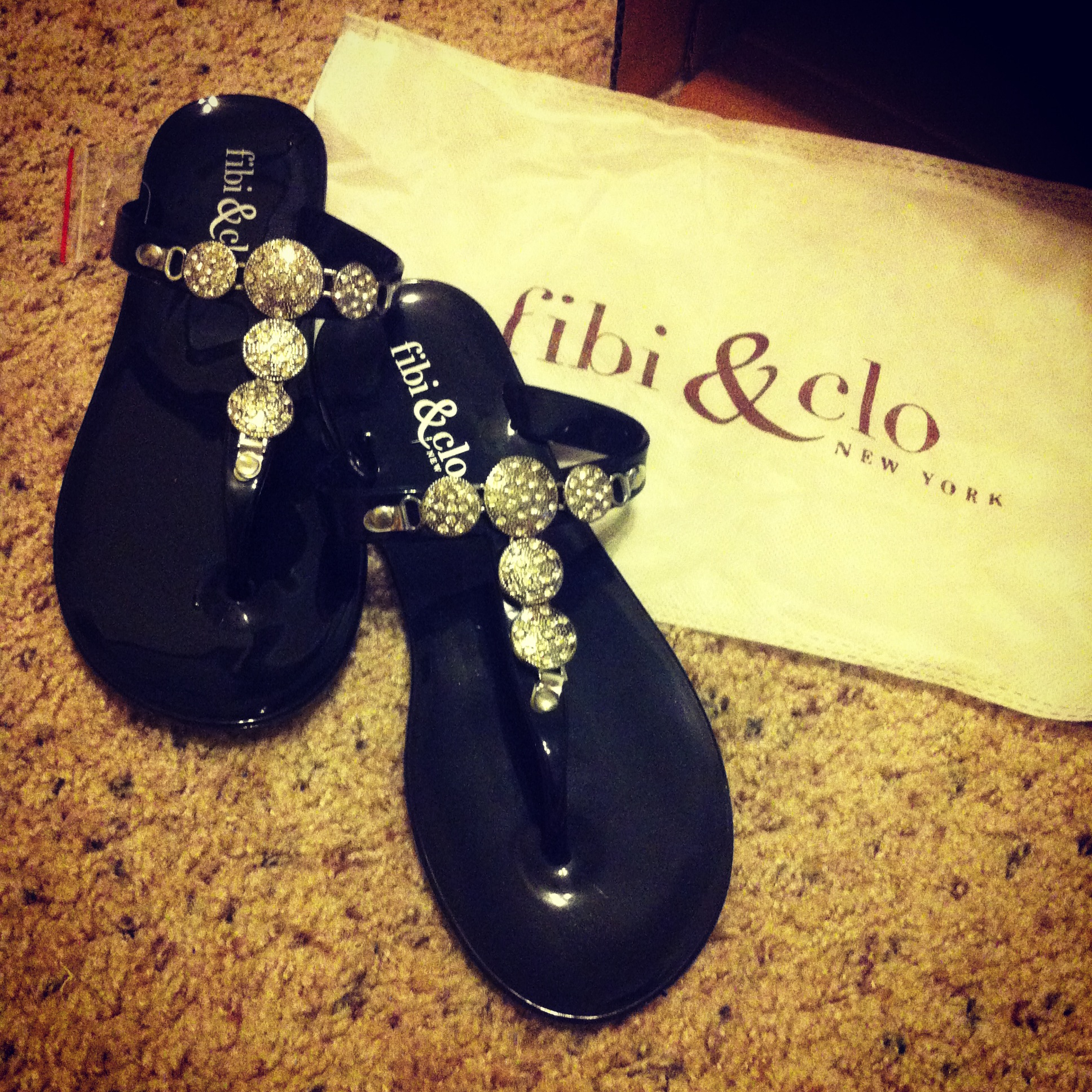 229ea2cdbfa0 These sandals are the perfect mix between casual and dressy. They re a very  simple style